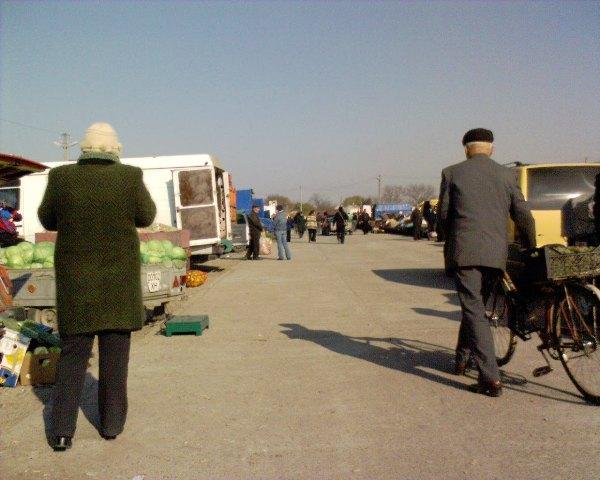 на рынке Нежданный в Копанях